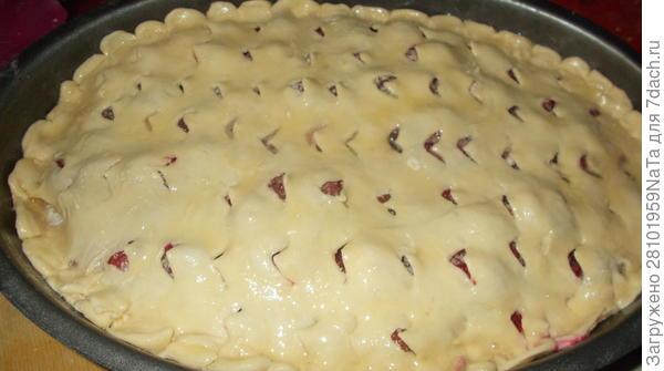 Двухслойный пирог с ягодами - пошаговый рецепт приготовления с фото