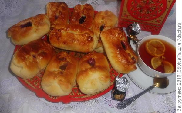 Пироги с черникой и творогом. Рецепт с пошаговыми фотографиями
