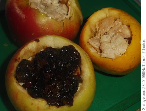 Куриная грудка с черносливом, запеченная в яблоках - пошаговый рецепт приготовления с фото