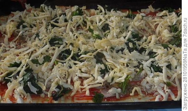 Пицца с курицей и крапивой - пошаговый рецепт с фото