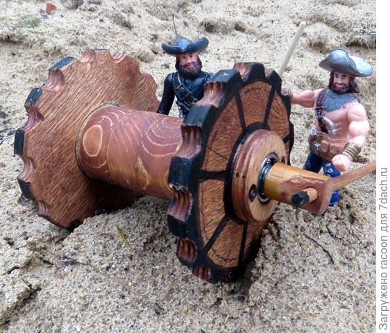 Пираты и трактор на песке