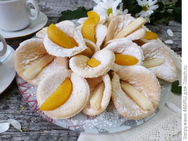 Печенье можно приготовить на семейный праздник, для гостей или украсить торт.