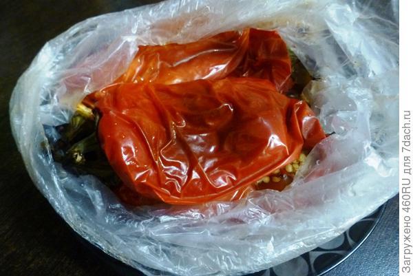 Салат из запеченных баклажанов и сладкого перца с мёдом - пошаговый рецепт приготовления с фото