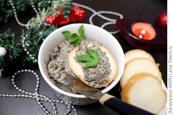 Грибной сыр: закуска из плавленного сыра, грибов и лука. Пошаговый рецепт приготовления с фото
