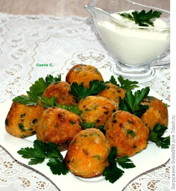 Сегодня мы приготовим необычные,ароматные морковные крокеты, которые очень популярные в Индии.