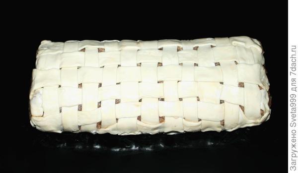 Мясной рулет с печенью и вялеными томатами в слоеном тесте; Праздничный; пошаговый рецепт приготовления с фото
