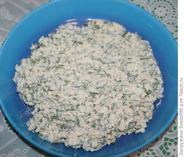Закуска; Елочки; из плавоеного сыра и яиц на крекерах. Рецепт приготовления с пошаговыми фотографиями