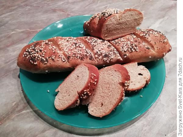 С миру по. хлебушку. Французский багет из цельнозерновой муки - пошаговый рецепт приготовления с фото