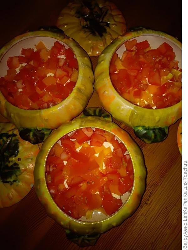 Сирене по-шопски: брынза, запеченная с овощами и яйцом в горшочках. Пошаговый рецепт и фото