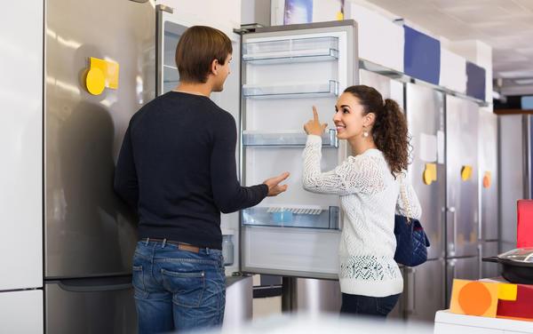 Перед покупкой холодильника определитесь для себя, каким он должен быть