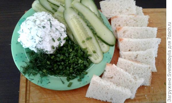 Бутерброды с огурцом и творожным сыром. Пошаговый рецепт приготовления с фото