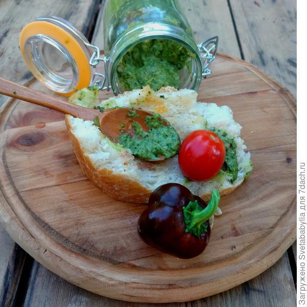 Мятно-базиликовый соус