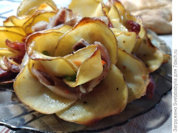 Картофель с беконом; Розы. Пошаговый рецепт с фото