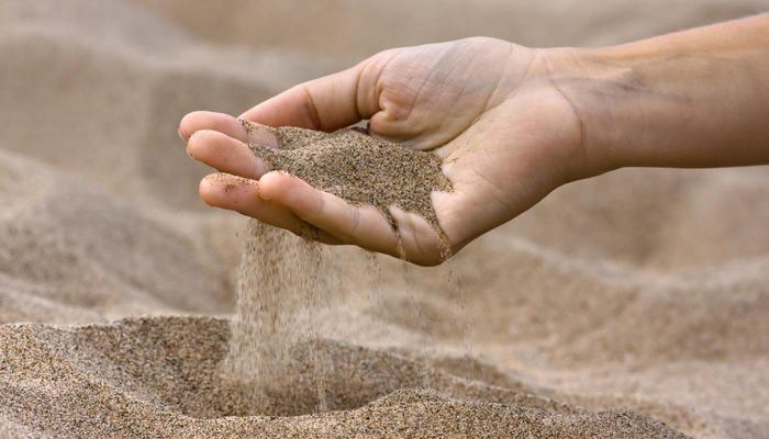 Песок в дачном деле