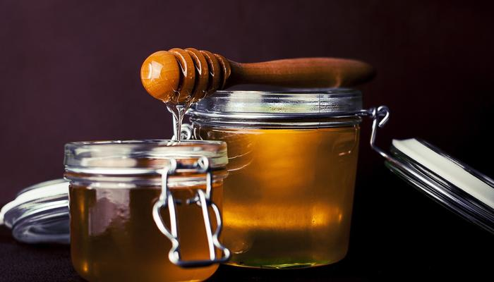 Рецепты здоровья: вкусные лекарства от кашля и простуды