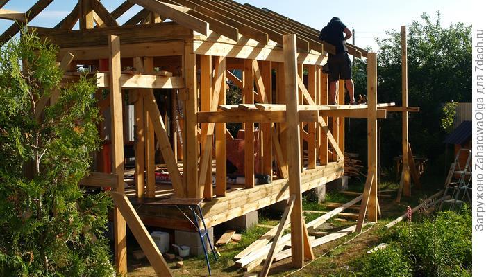 Строим баню сами, или Бесплатный спортзал на лето обеспечен!