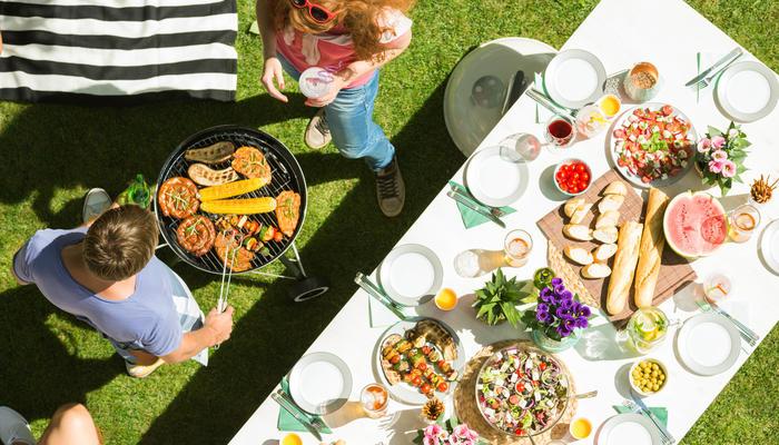 Рецепт идеальных выходных от ОБИ: 10 товаров для пикника на свежем воздухе
