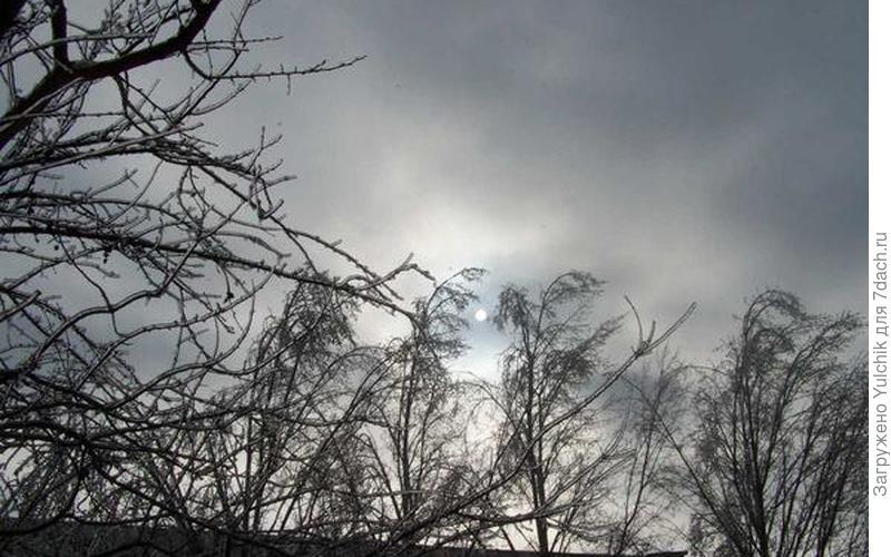 Как в сказке про Ледяное царство. Помню, что долго стояла завороженная этой холодной красотой...
