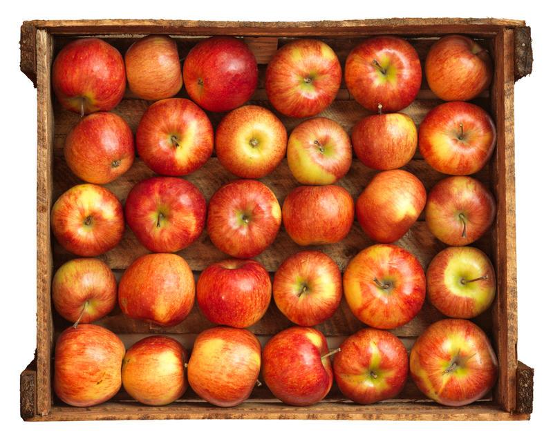 Хранение яблок в деревянных ящиках