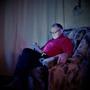Когда родственники приходят в гости, то уютно устраиваются в кресле и не собираются никуда уходить)))