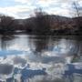 """""""Зеркало"""" реки завораживает своей красотой."""