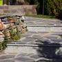 Садовые ступеньки, мощеные кварцитом Южный