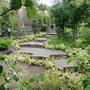 Садовая лестница из камня, имитирующая скалу