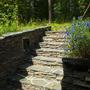 Уютная каменная лестница