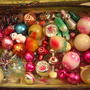 Какие у вас новогодние игрушки ретро? Есть ли игрушки с дачной тематикой?