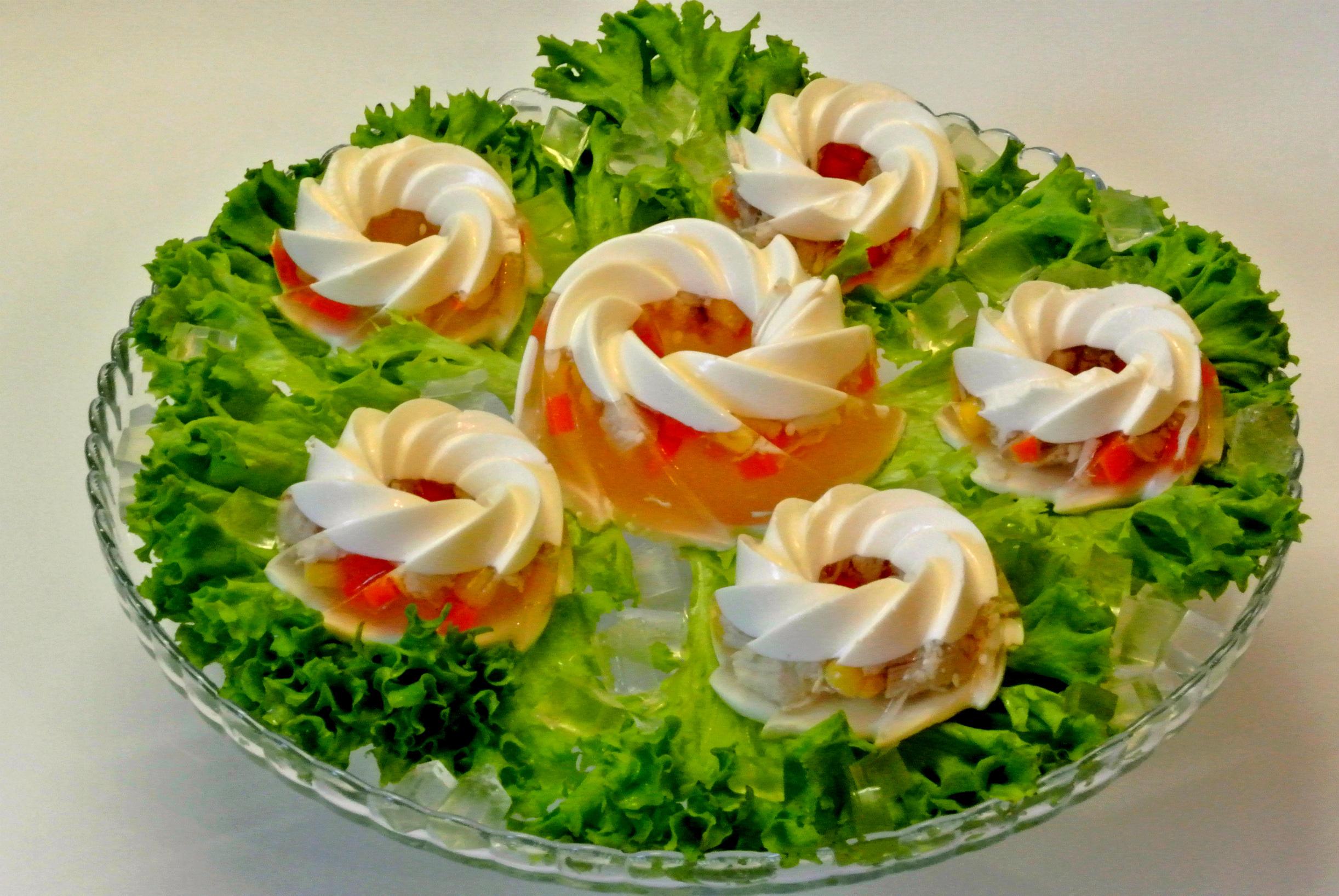 украшение праздничных блюд своими руками фото несложно найти